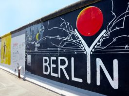 10 Misconceptions About the Fall of the Berlin Wall