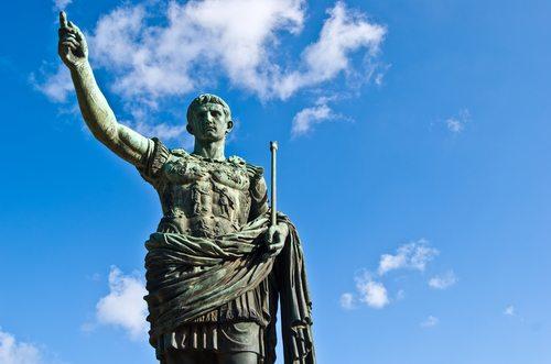 Julias Caesar and Rob Stark Both Betrayed