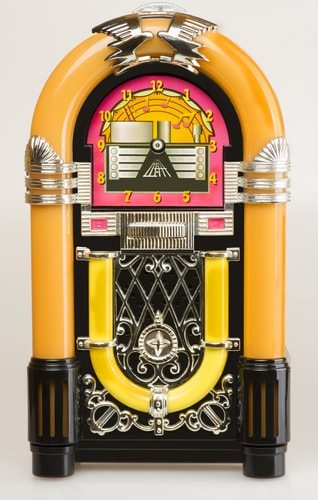 A creepy jukebox haunts Earnestine and Hazel's in Memphis, Tennessee