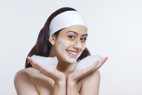 How to Get Rid of Pimples in 10 Simple Steps