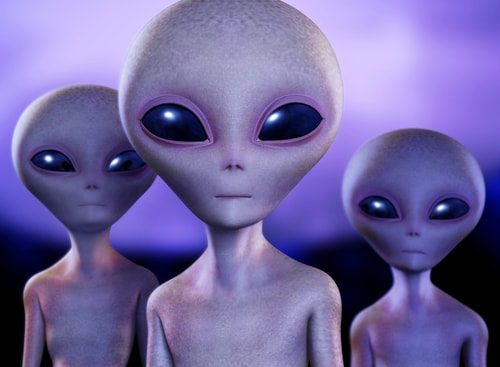 Are Aliens Real? 10 Reasons They Might Be.