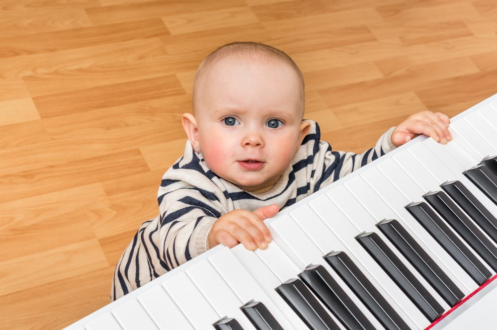 Teach your shortie to tickle those ivories.